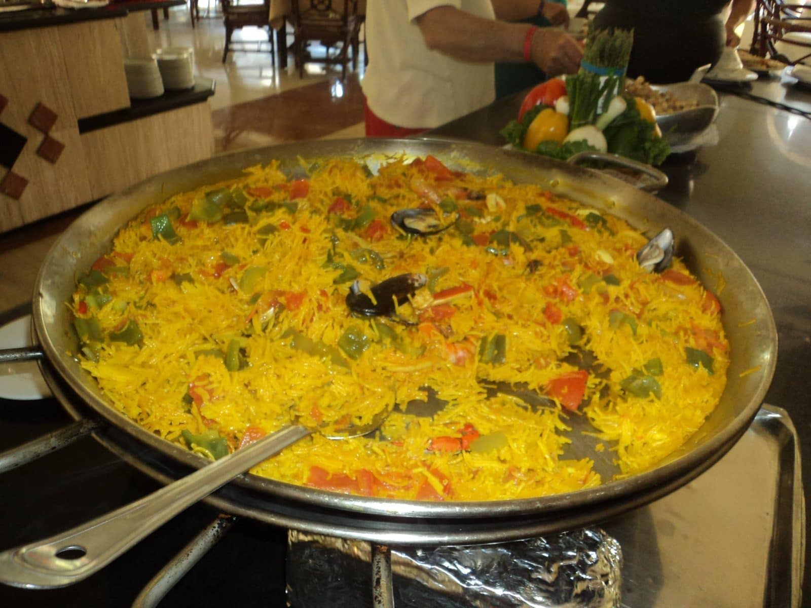 Paella in Kabah buffet