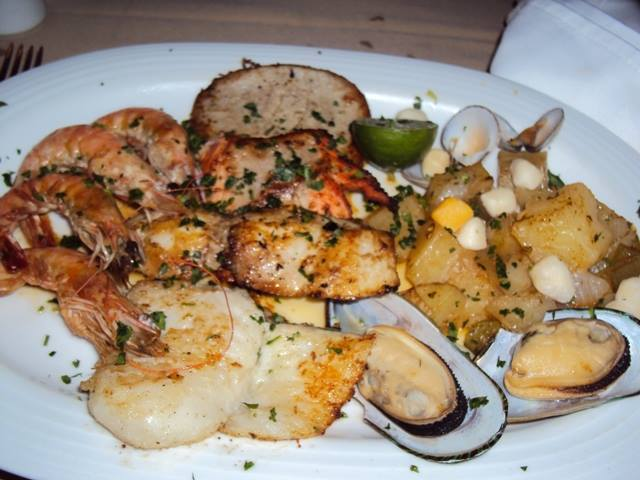Seafood platter Punta Emilia